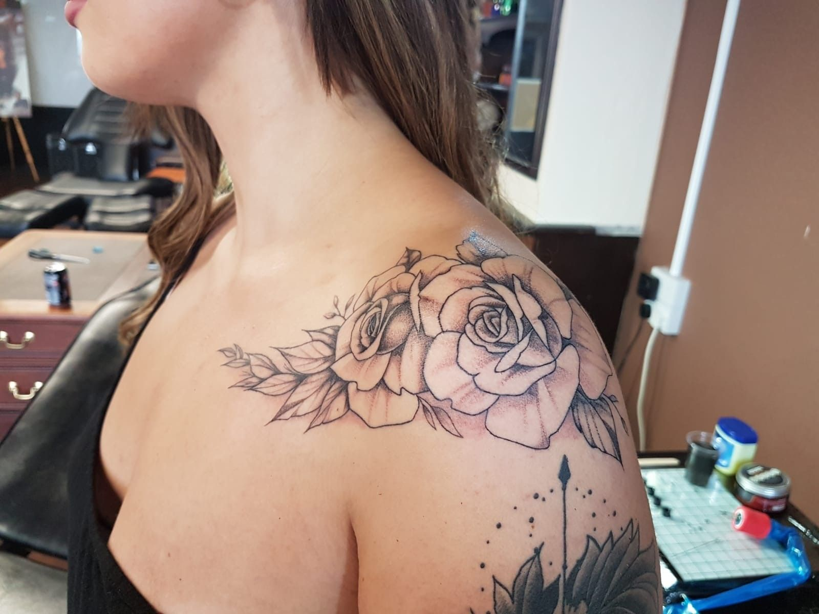 View Shoulder Roses by Nathan Green